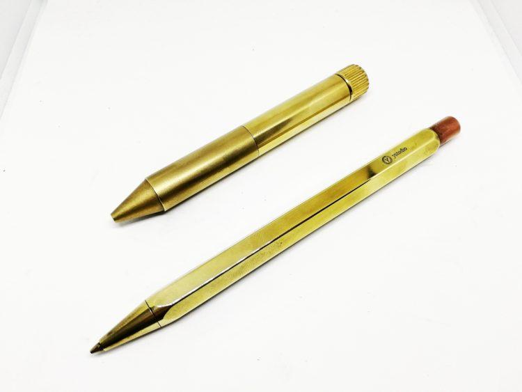 ピカピカンで磨いた真鍮製ペン
