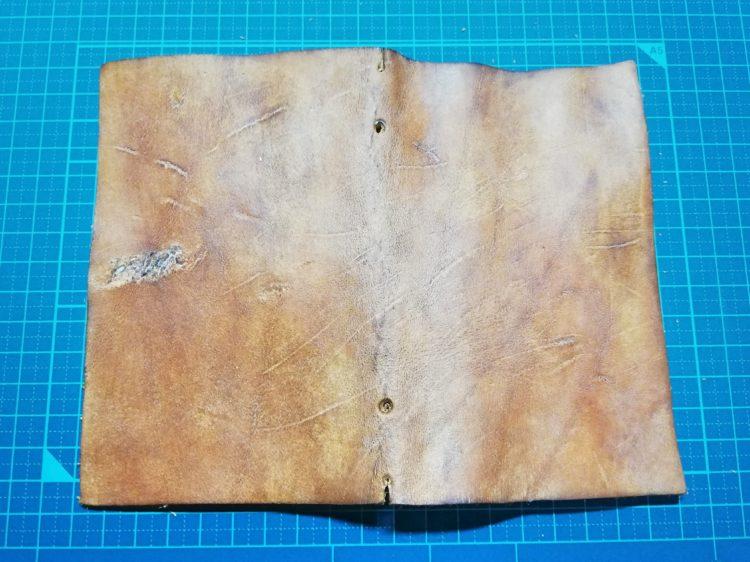 ダイアログノートのカバーを革で自作10